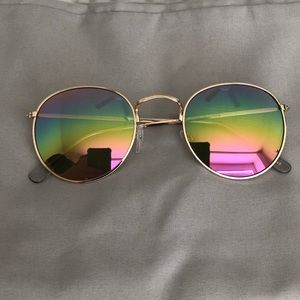 Urban Outfitters Sunglasses!